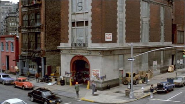 映画「ゴーストバスターズ」に登場した消防署、また予算不足で