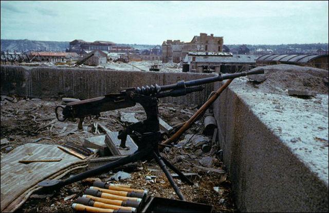 貴重なカラー、1944年6月6日の「ノルマンディー上陸作戦」の前後に撮られた写真24枚 Dna