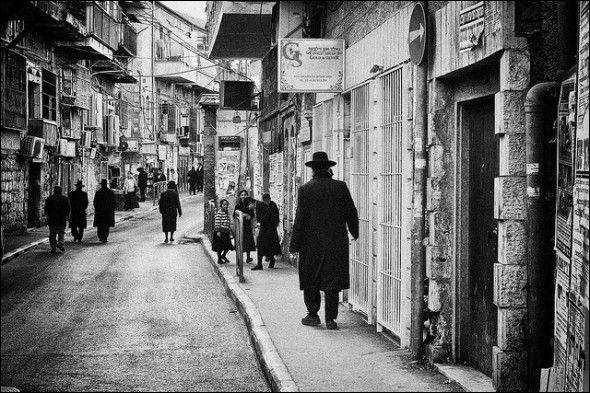 エルサレムの素敵な路地とそこに住む人々の画像いろいろ