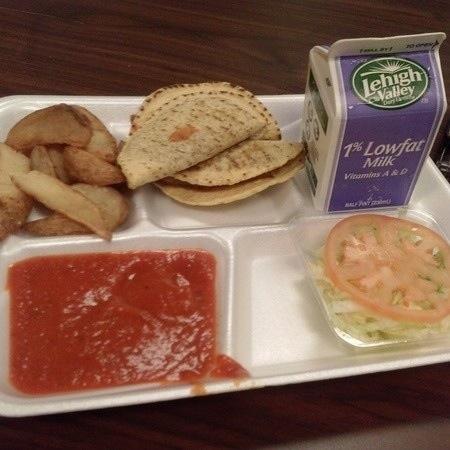 これはちょっと……アメリカの学校のランチ(給食)の写真いろいろ