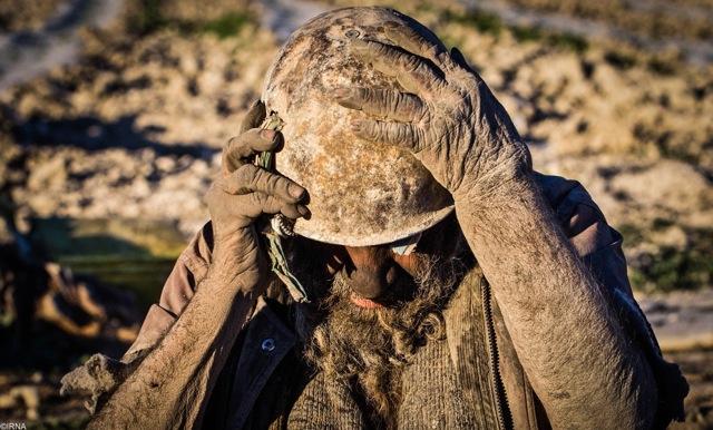 年間 て イラン 男性 人 ない に 60 風呂 入っ 【閲覧注意】風呂に60年間入らなかったらこうなる..(画像) 2chみんなのまとめ