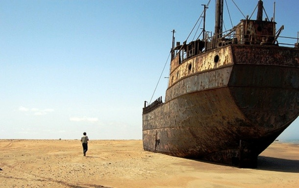 Â�フリカ・ナミブ砂漠の死の雰囲気が漂う恐ろしく危険な海岸「骸骨海岸(スケルトン・コースト)」 Dna