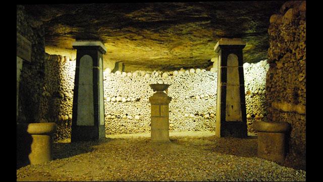 フランス・パリの地下深く600万...