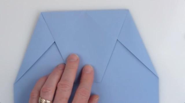 ハート 折り紙 紙飛行機 ギネス 折り方 : dailynewsagency.com
