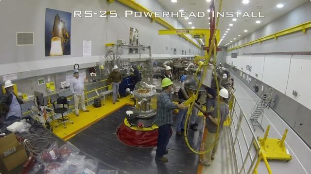 NASAの最新ロケットエンジン「RS-25」の組立工程を2分に凝縮したタイムラプス動画