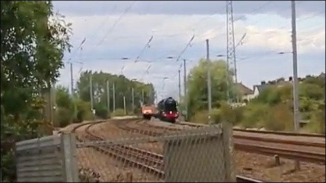 待ちに待って現れた幻の蒸気機関車「フライング・スコッツマン」が目の前で消えてしまう