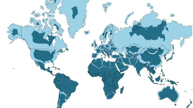 メルカトル図法の世界地図に実際の大きさの国を重ね合させる